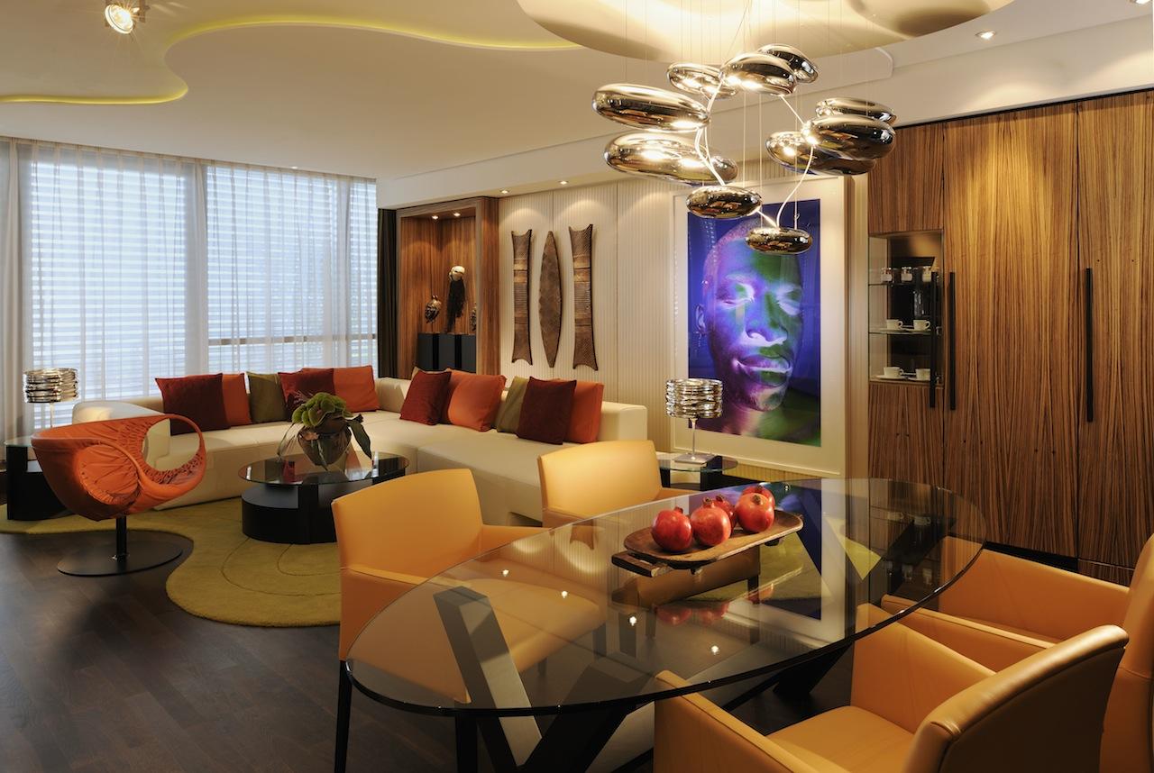 Das Wohnzimmer der Lifestyle-Suite im InterContinental / © InterContinental
