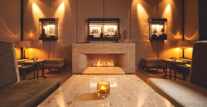Die Lobby Bar im Althoff Seehotel Überfahrt / © Althoff Seehotel Überfahrt