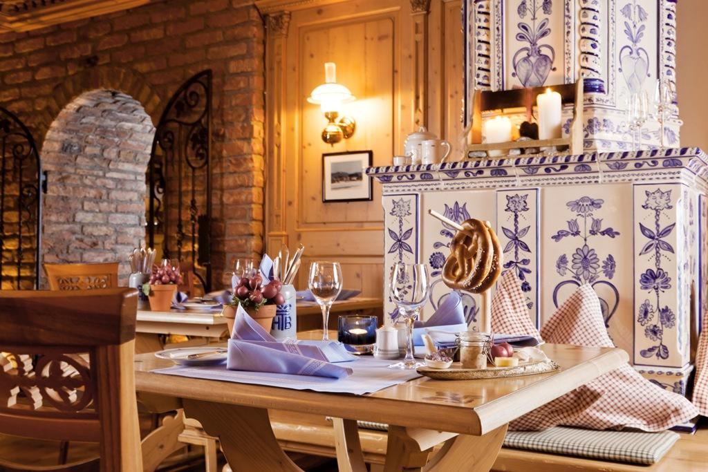 Restaurant Bayernstube / © Althoff Seehotel Überfahrt
