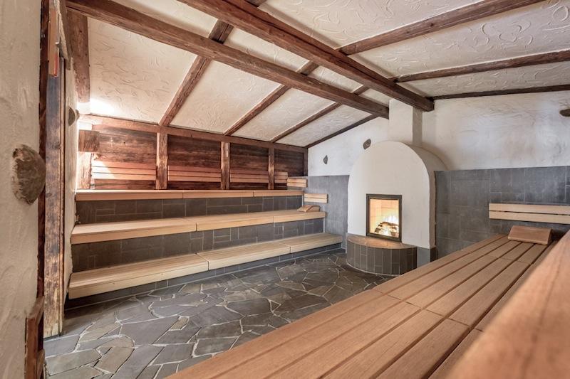 Richtig heiß wird's in der beschaulichen Erd-Sauna / © AQUA DOME