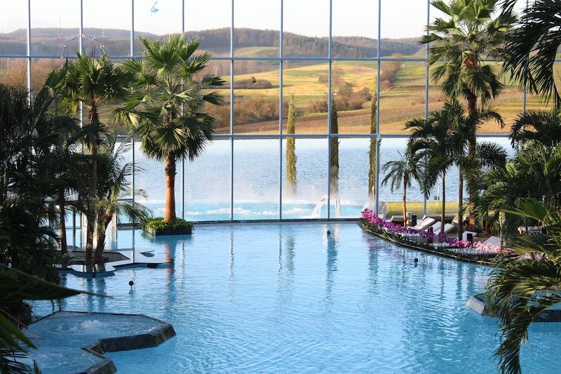 Die große Lagune der Thermen und Badewelt Sinsheim / © BADEWELT SINSHEIM GmbH