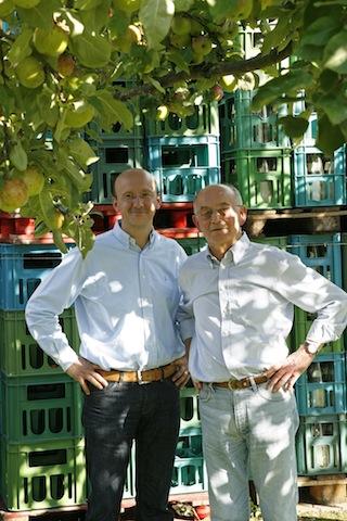 VAN NAHMEN in der 3. Generation (Rainer van Nahmen, rechts) und 4. Generation (Dr. Peter van Nahmen, links)