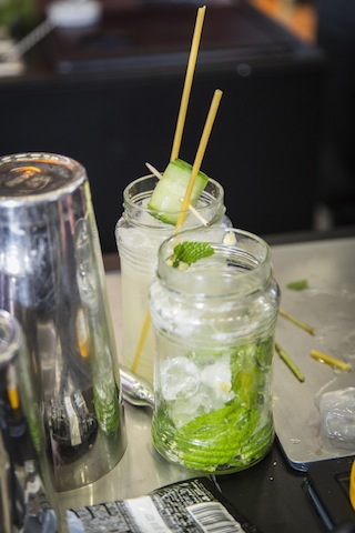 Cocktails von Ona Mor waren angesagt / © FLEET Events
