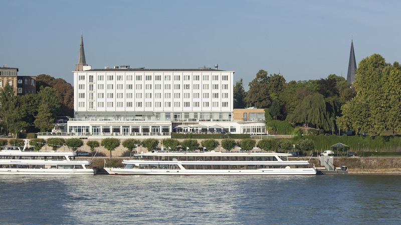 AMERON Hotel Königshof mit privilegierter Lage direkt am Bonner Rhein / © AMERON Hotel Königshof