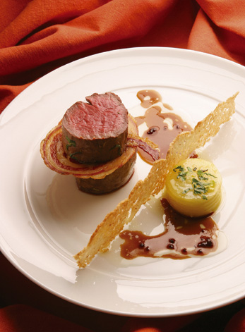 Auch Fleischgerichte sind ein Gedicht im Oliveto / © AMERON Hotel Königshof