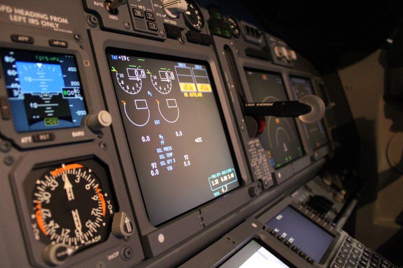 Die Technik hilft: Immer auf der Suche nach dem idealen Kurs mit der besten Sicht / © airberlin