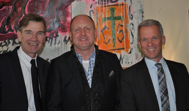 V.l.n.r. Olaf Mertens, (Dorint Geschäftsführer), Andreas Conrad (Herausgeber FrontRowSociety.net), Achim Laurs (Dorint Regionaldirektor) / © Redaktion FrontRowSociety.net