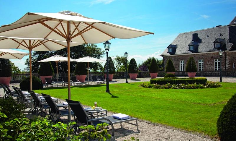 Nach dem Besuch der Wellnessanlage traumhaft entspannen / © Althoff Grandhotel Schloss Bensberg