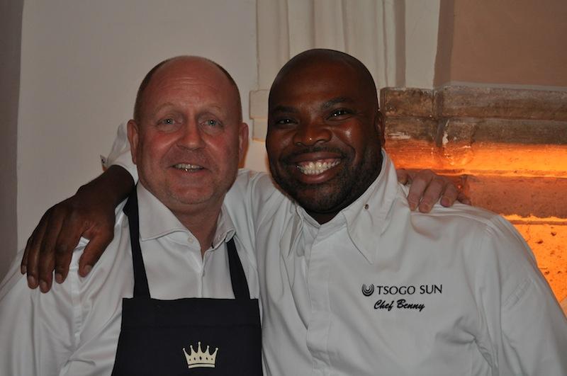 """Benny Masekwameng ist zweifelsohne der beste Koch Afrikas und Quasi der Herr über 90 Restaurants der Tsogo Sun Gruppe sowie Juror bei """"MasterChef South Africa"""" / © Redaktion FrontRowSociety.net"""