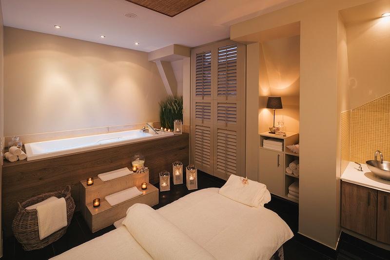 Zur Behandlung stehen sieben voll ausgestattete Treatment Rooms zur Verfügung /© Fairmont Hotel Vier Jahreszeiten / Foto Guido Leifhelm