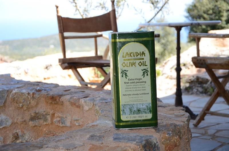 Die Besonderheit des Lakudia Öls liegt in der Olivensorte Athinio, sowie der Verarbeitung / © Lakudia