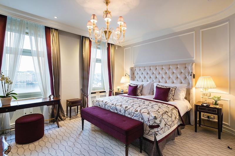 Eines der drei Schlafzimmer der Präsidenten Suite im Fairmont Hotel Vier Jahreszeiten / © Fairmont Hotel Vier Jahreszeiten / Foto Guido Leifhelm