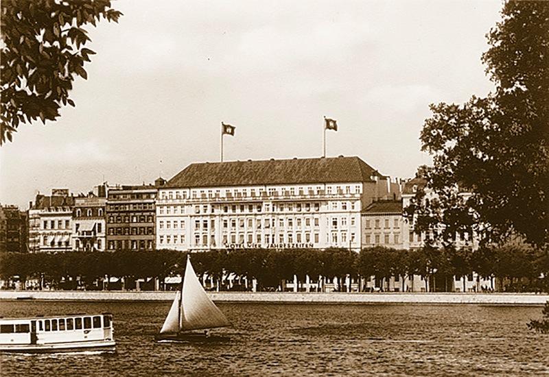 Das Hotel Vier Jahreszeiten im Jahre 1930 / © Fairmont Hotel Vier Jahreszeiten