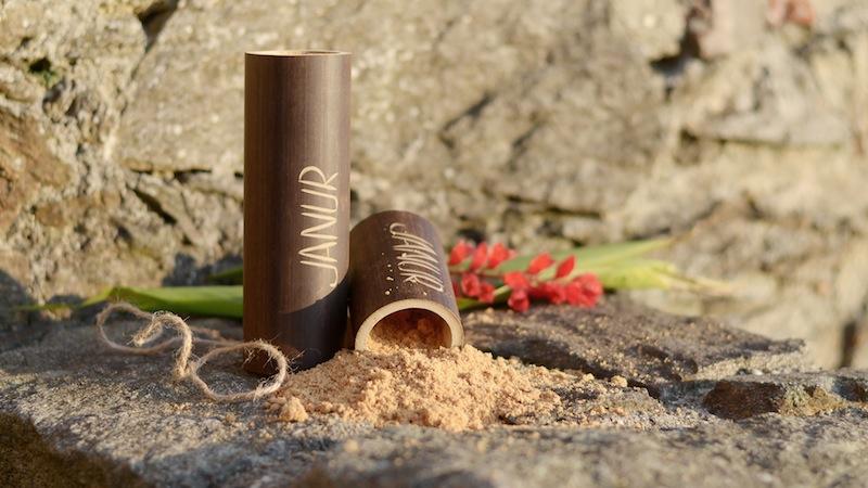 Auch die Verpackung die JANUR nutzt sind nachhaltig und können immer wiederverwendet werden / © JANUR