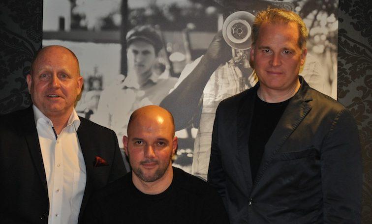 Die Gründer von YouDinner Daniel Ohr (re.), Miguel Calero (mi.) mit Herausgeber vom Luxus & Lifestyle Magazin FrontRowSociety.net Andreas Conrad (li.) / © Redaktion FrontRowSociety.net