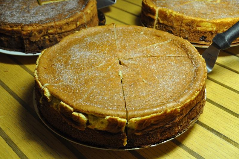 Dresdner Eierschecke: die bekannte Kuchenspezialität aus Sachsen. Auch für die mächtigen Portionen bekannt / © Redaktion FrontRowSociety.net