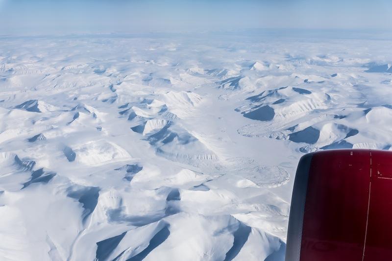 Weiter Blick über Spitzbergen oder auch Svalbard gennant, die zu Norwegen gehörende Inselgruppe im Nordatlantik bzw. Arktischen Ozean. / © Redaktion FrontRowSociety.net, Foto Patrick Becker