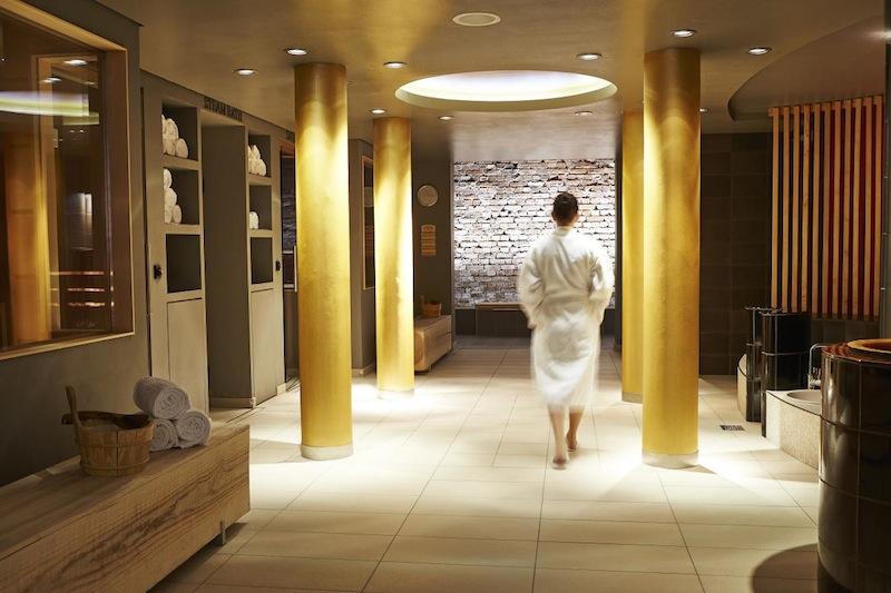 In der unteren Ebene des Spas sind die Bio-Sauna, die finnische Sauna und das Dampfbad zu finden / © Steigenberger Leipzig