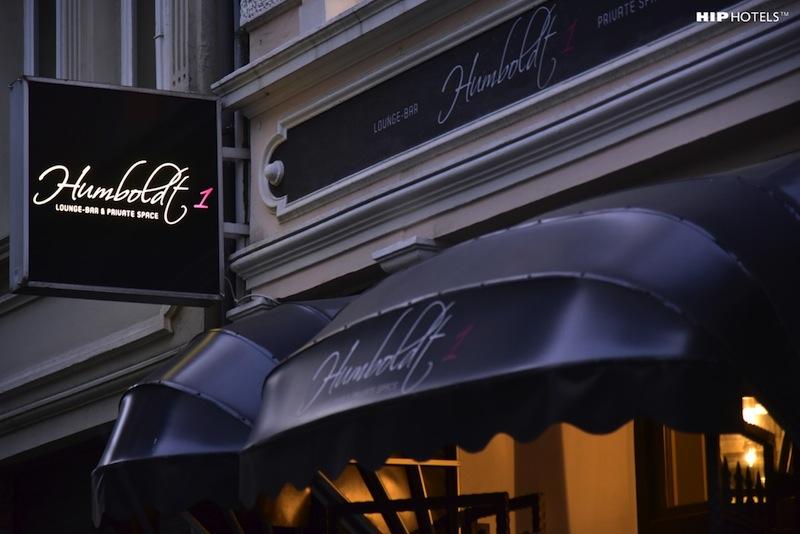 Der Eingang zum Boutique Hotel Humboldt1 ist eher unscheinbar / © HIP Hotels / Humboldt1