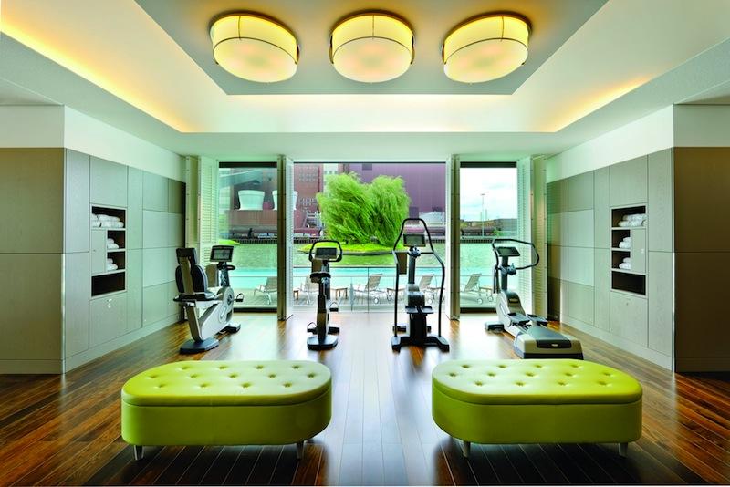 Der sehr großzügige Fitnessbereich im Spa des Luxushotels The Ritz-Carlton, Wolfsburg / © The Ritz-Carlton, Wolfsburg