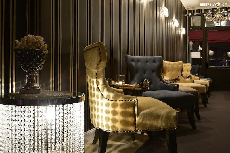 Die gemütliche Humboldt1 Bar - morgens wird hier gefrühstückt. Aber auf Wunsch serviert Anja Schreiber auf dem Zimmer / © HIP Hotels / Humboldt1