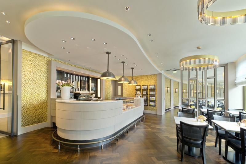 """Die hausgemachten Backwaren aus der Manufaktur """"Das Brot"""" mit selbstgeweckten Marmeladen sind köstlich / © The Ritz-Carlton, Wolfsburg"""