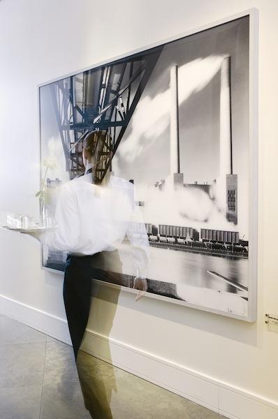 Kunst im Hotel: The Ritz-Carlton, Wolfsburg präsentiert Heinrich Heidersberger / © The Ritz Carlton, Wolfsburg