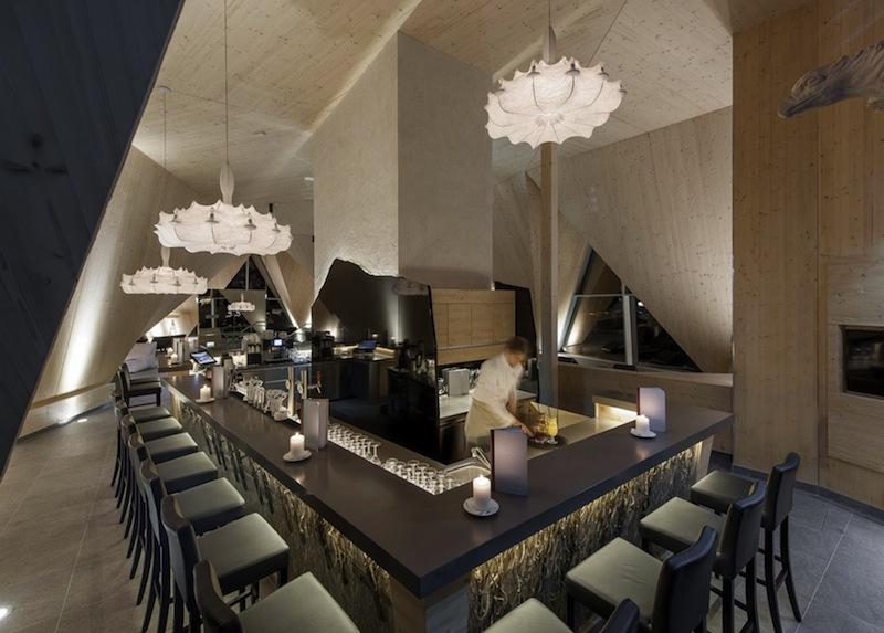 Hier an der Bar Hochsitz schmecken nicht nur die leckeren Cocktails / © Aqua Dome