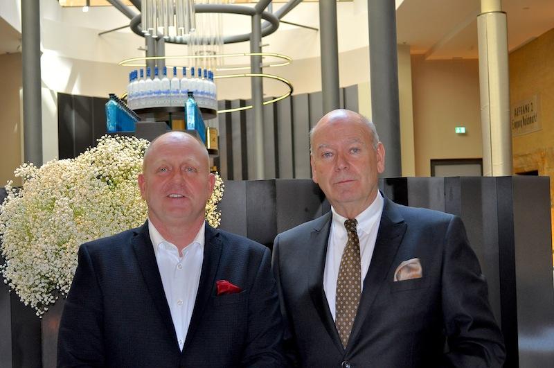 Hoteldirektor Hans J. Kauschke (r.) verriet Andreas Conrad, dass Leipzig des Öfteren Veranstaltungen wie den Großen Gourmet Preis gebrauchen könnte / © Redaktion FrontRowSociety.net