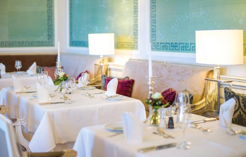 Im Kurhaus Restaurant im Grand Hotel Heiligendamm speist der Gast in fürstlicher Umgebung / © Grand Hotel Heiligendamm