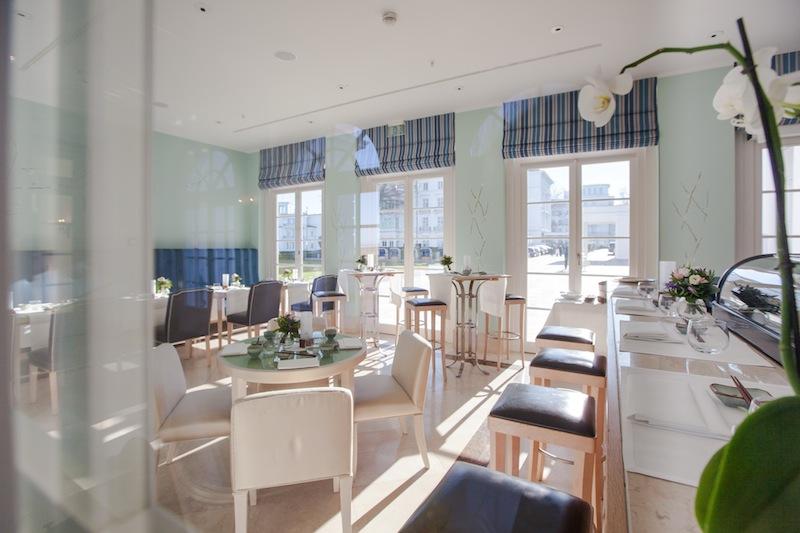 Die Sushi Bar: Lichtdurchflutet gelegen - im Wandelgang zwischen dem Kurhaus und Haus Mecklenburg / © Grand Hotel Heiligendamm