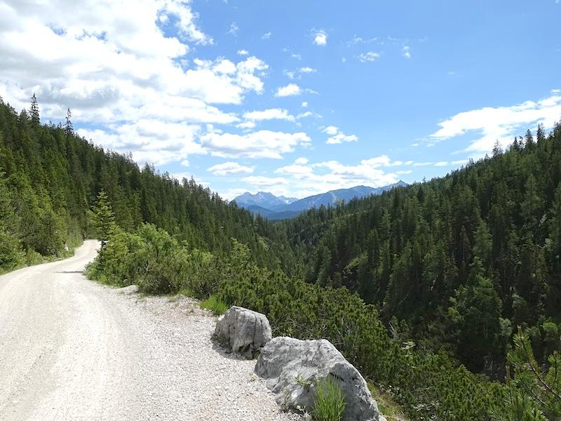 Traumhafte Bergwelt. Gute Wege. Das Gaistal ist ein ideales Gebiet für Mountainbiker / © Redaktion FrontRowSociety.net
