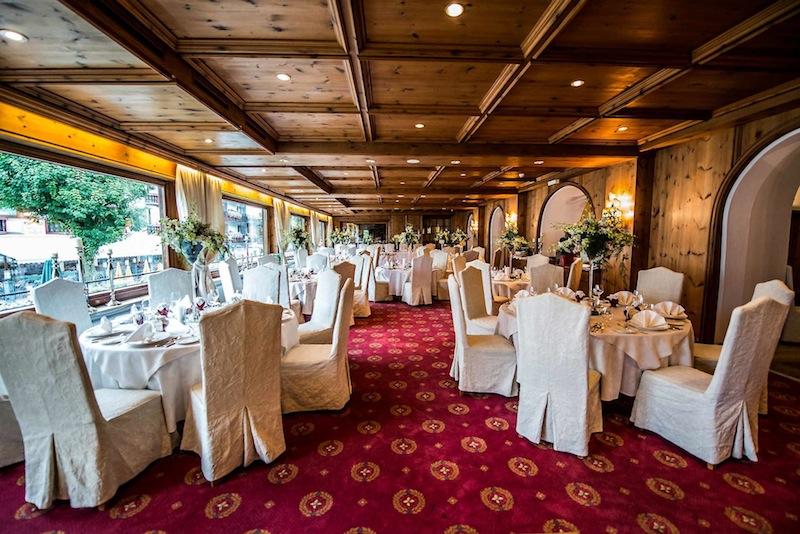 Das Gourmet Restaurant im Gewölbekeller. Morgens wird hier Frühstück serviert und abends das HP-Dinner / © Hotel Klosterbräu