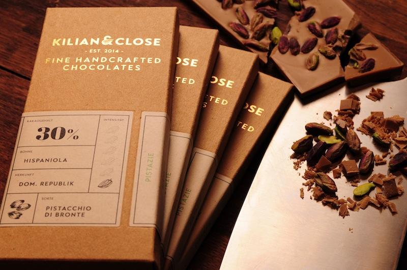 Erstklassige Rohstoffe und nachvollziehbare Rezepturen mit Transparenz verhalfen den Kilian & Close zum goldenen AWARD in Köln. Eine traumhafte Schokolade, der Schmelz ist zungenbetörend / © Hover Chocolates