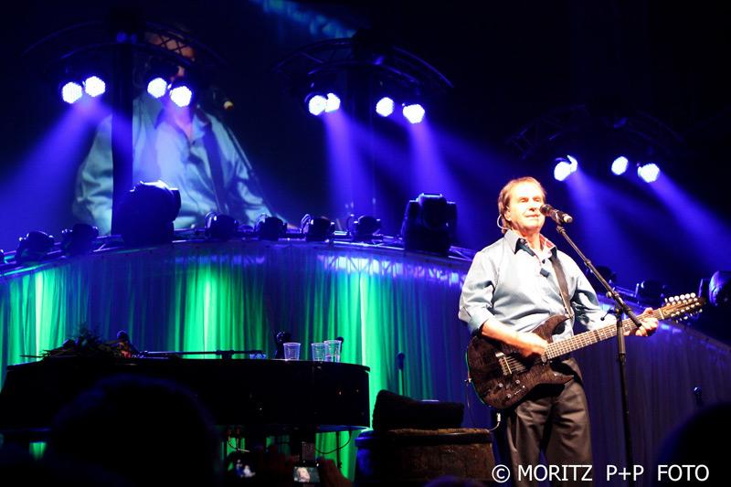 Chris de Burgh spielt im Großbunker des Erlebnis Bergwerk Merkers / © Foto Moritz P+P