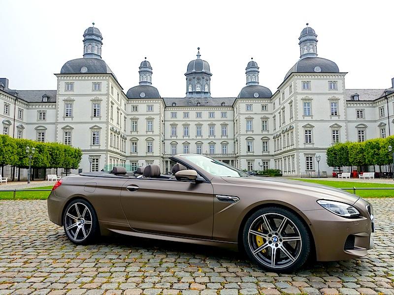 Das vollautomatische Verdeck des BMW M6 Cabrios öffnet sich innerhalb 19 Sekunden; geschlossen ist es dann wieder in 24 Sekunden / © Redaktion FrontRowSociety.net