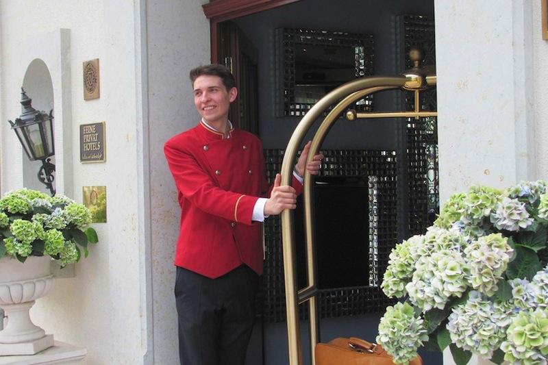 Im Hotel Bülow Palais wird steht der Service am Gast an erster Stelle - hier wird man umsorgt und fühlt sich wohl / © Hotel Bülow Palais