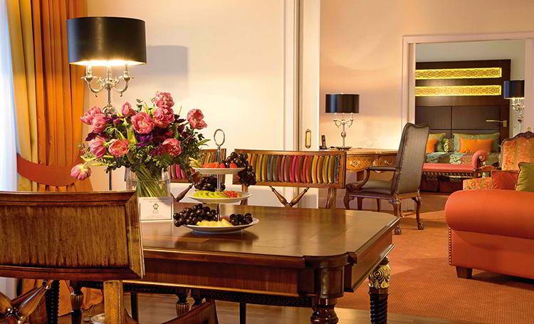 Die Palais Suite ist traumhaft gestaltet und edel eingerichtet / © Hotel Bülow Palais
