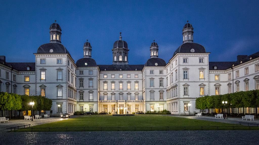 Das Schloss Bensberg bietet eine traumhafte Fotokulisse / © Althoff Grandhotel Schloss Bensberg