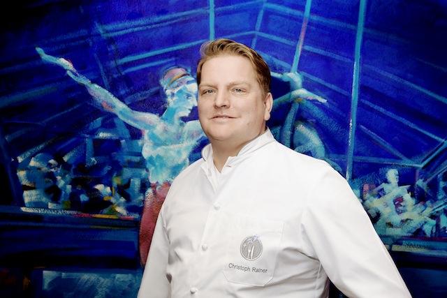 Zwei-Sterne-Koch Christoph Rainer** (Tiger Gourmet-Restaurant, Frankfurt) hat eine Bilderbuch-Karriere gemacht / © für das Rheingau Gourmet & Wein Festival erteilt