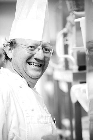 Cooking Demonstration mit Giuseppe Sestito, Chef der Gastronomie im eleganten Hotel LIDO PALACE (Riva del Garda) / © für das Rheingau Gourmet & Wein Festival erteilt