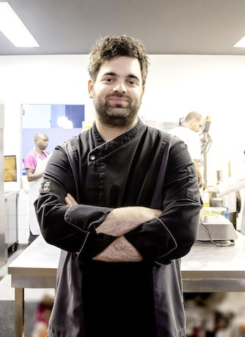 Gal Ben Moshe (GLASS, Berlin), 1985 in Israel geboren, begann seine Karriere in Tel Aviv in den Gourmetrestaurants Tazza d´Oro / @ für das Rheingau Gourmet & Wein Festival erteilt