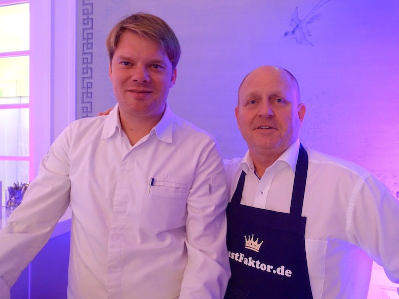 Jörg Lawerenz war gerne bei der Küchenparty dabei. Denn Mecklenburg-Vorpommern ist die Heimat des Chef de Cuisine vom Schloss-Restaurant des Schlosshotels Kronberg / © Redaktion FrontRowSociety.net