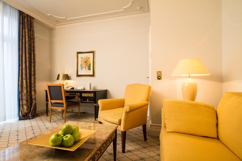 In den Suiten vermisst der Reisende keinen Luxus / © Excelsior Hotel Ernst