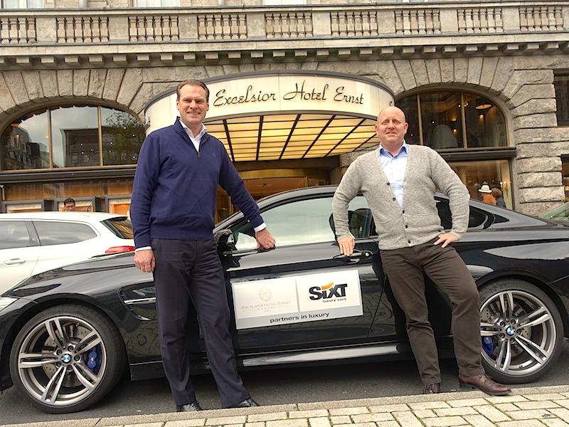 Mit dem BMW M4 zurück vom Nürburgring: Direktor Henning Matthiesen hat sich für Andreas Conrad etwas besonderes einfallen lassen. Eine Interview on the Road / © Redaktion FrontRowSociety.net