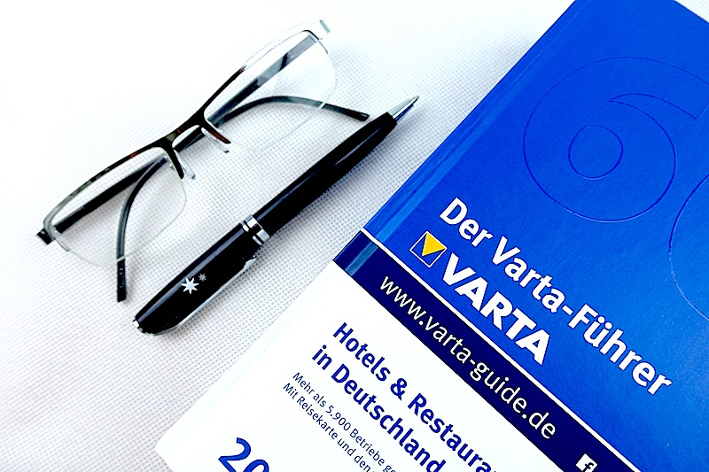 varta-fuehrer-und-brille-kopie