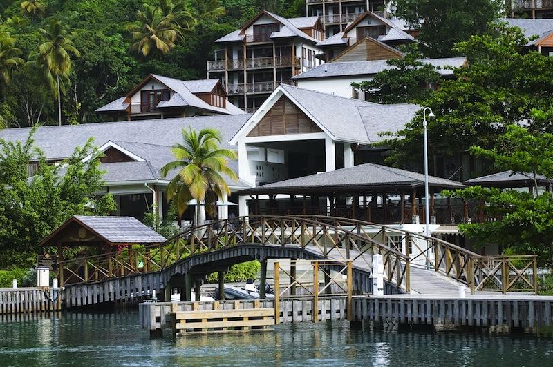 Traumhaft schön gelegen ist das Capella Marigot Bay auf Saint Lucia / © Capella Hotel Group