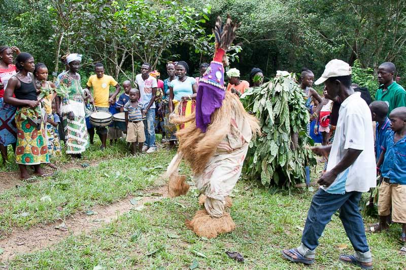 Der Falui-Tänzer sorgt für Entspannung / © FrontRowSociety.net, Foto Georg Berg
