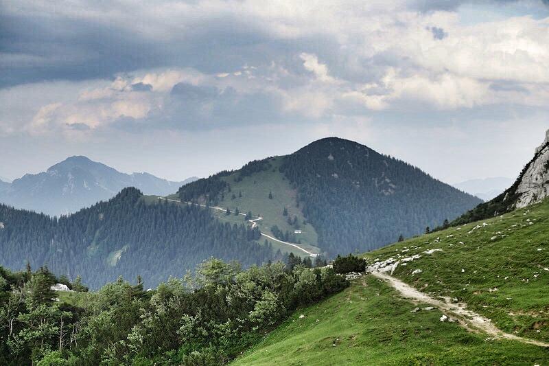 Wunderbare Wege führen die Bergwelt rund um den Chiemsee