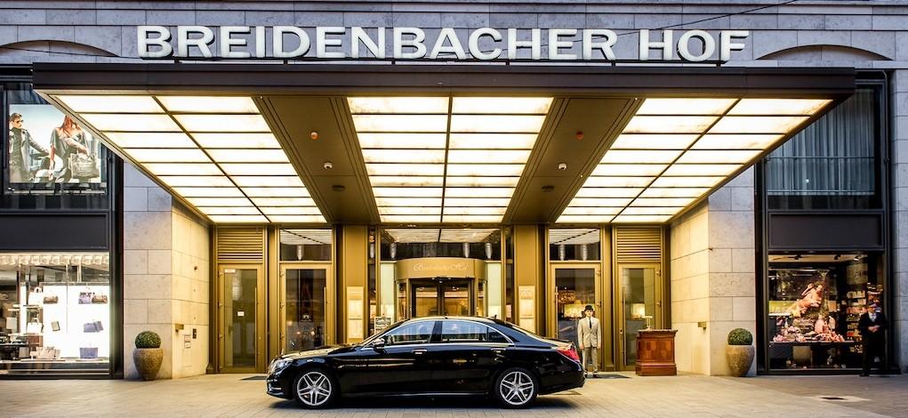 Der Breidenbacher Hof, a Capella Hotel ist wohl das ultimative Luxushotel in Düsseldorf und Umgebung